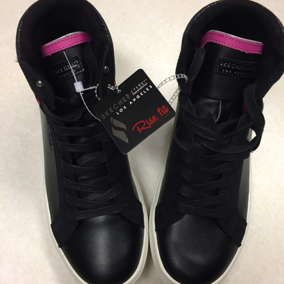 610 NWT Womens Skecher Street Los Angeles Rise Fit